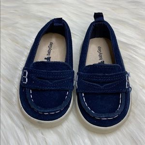 GAP baby shoes - size 6-12 months